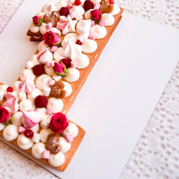 Mon Dessert Number 1 Cake By Plateaway