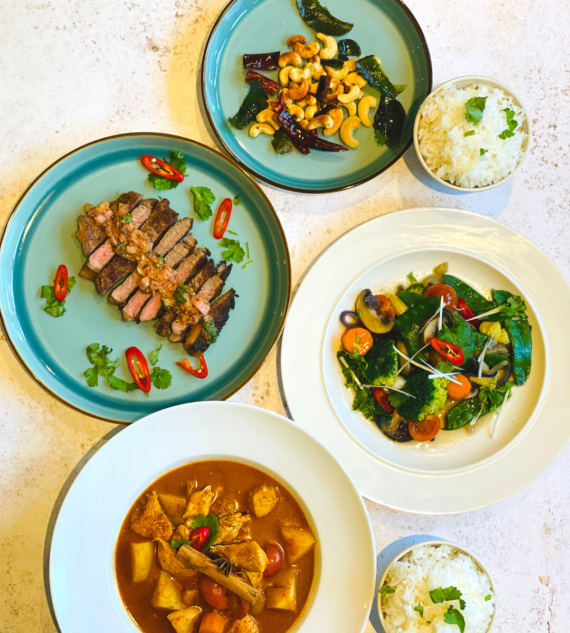 Flavours by Jones Dinner Set for 2 - Plateaway