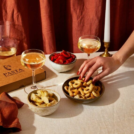 pasta-evangelists-aperitivo-snack-box-enjoy-with-a-drink-before-dinner-plateaway